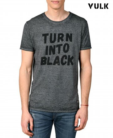 Remera Vulk Black Flag
